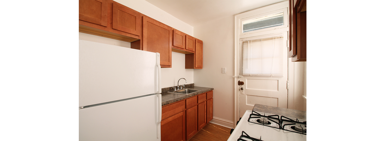 309 N. Austin Blvd. #2S Two-Bedroom Apartment