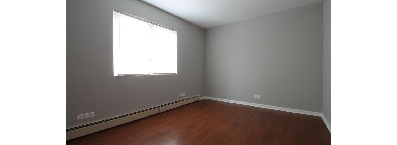 204 Marengo Ave. #4C One-Bedroom Apartment