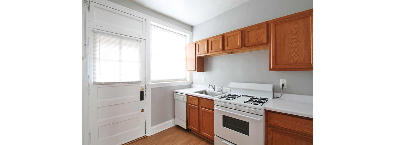 101 S. Harvey Ave. #3E One-Bedroom Apartment