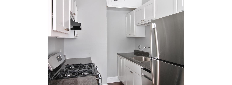 165 S. Oak Park Ave. #10 Studio Apartment