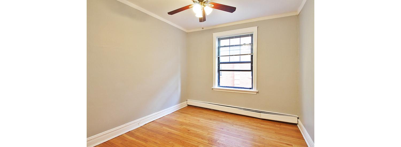 906 N. Austin Blvd. #1G One-Bedroom Apartment