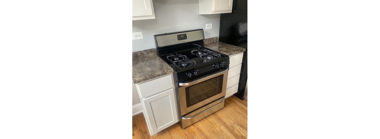 622 S. Austin Blvd. #3E One-Bedroom Apartment